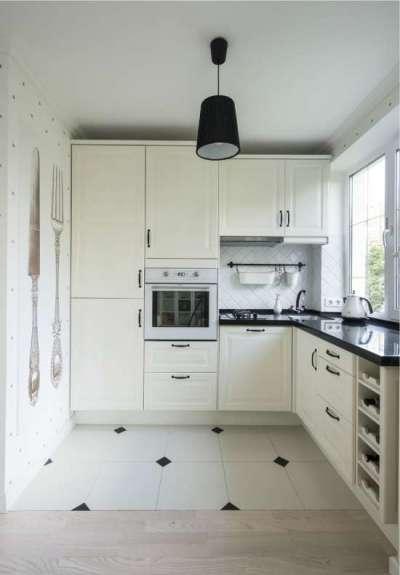 угловая кухня белого цвета для малогабаритной кухни