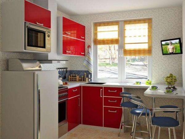 красный угловой гарнитур на маленькой кухне