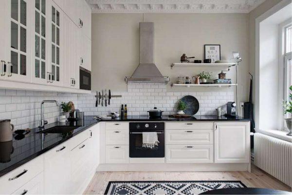 интерьер кухни гостиной с Г образным гарнитуром