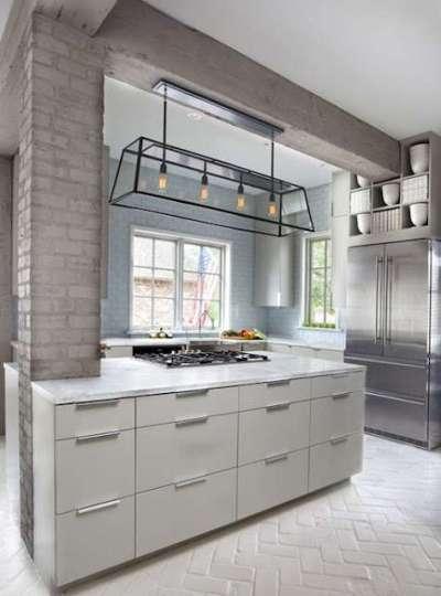 Дизайн кухни с кирпичной стеной из силикатного кирпича
