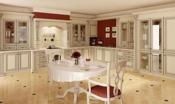 светлая кухня в классическом стиле с бордовыми вставками