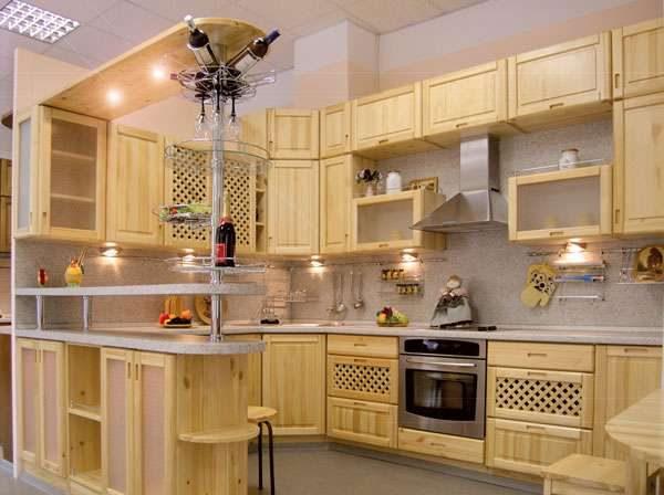 кухня из мебельных щитов с барной стойкой