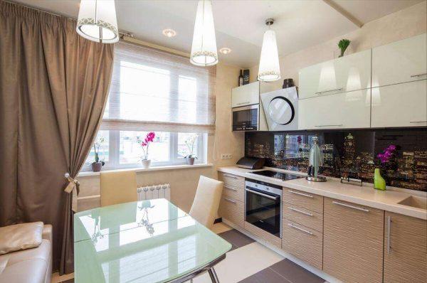 кофейные шторы с подхватами на кухне