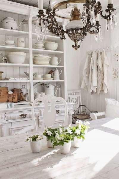 Дизайн белой кухни прованс в частном доме