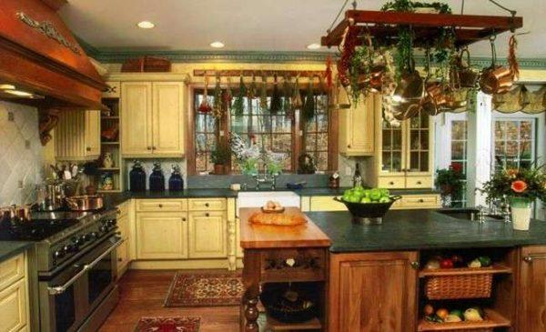 кухня кантри в частном доме