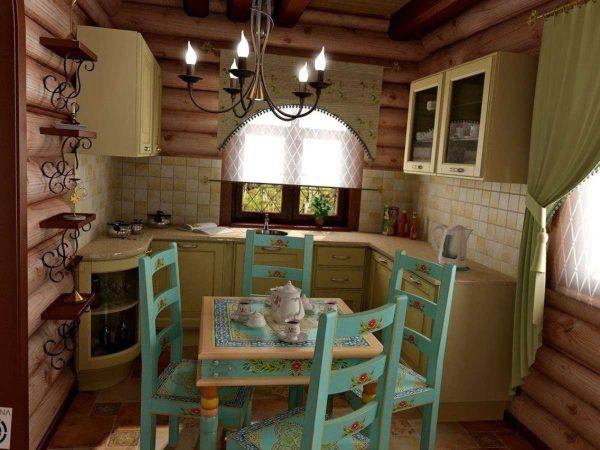 голубой стол на кухне в деревянном доме