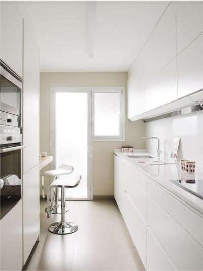 интерьер кухни в стиле хай тек