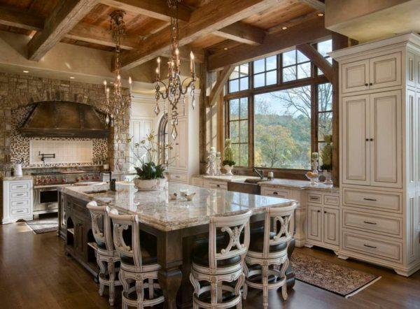 мраморная столешница на кухне в стиле шале