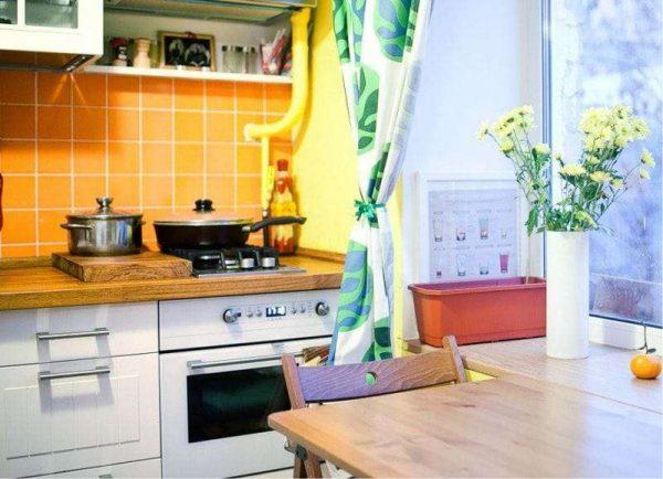 жёлтый и зеленый цвет в интерьере кухни