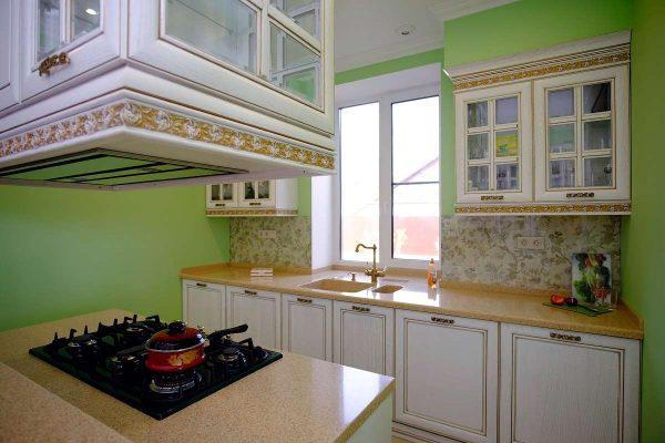 на кухне гостиной рабочие зоны