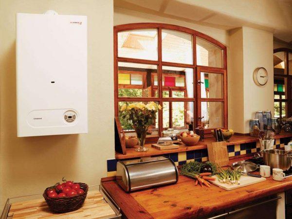 интерьер кухни с газовым котлом в стиле прованс