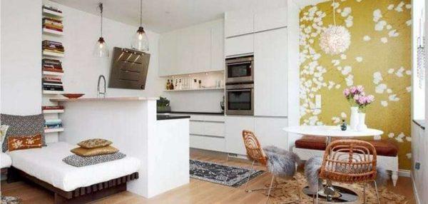 акцентная стена в интерьере кухни столовой гостиной