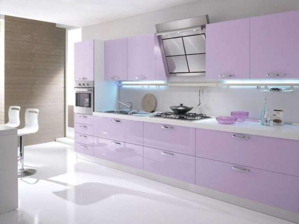 сиреневый цвет на кухонном гарнитуре