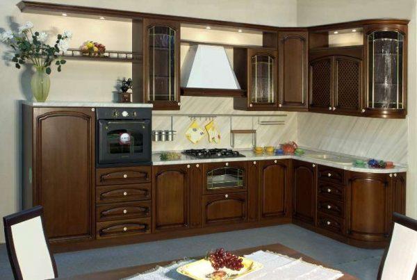 угловая коричневая кухня своими руками