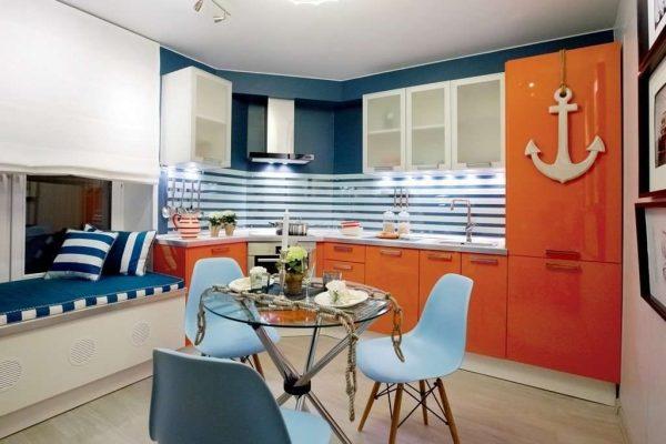 морской стиль на оранжевой кухне
