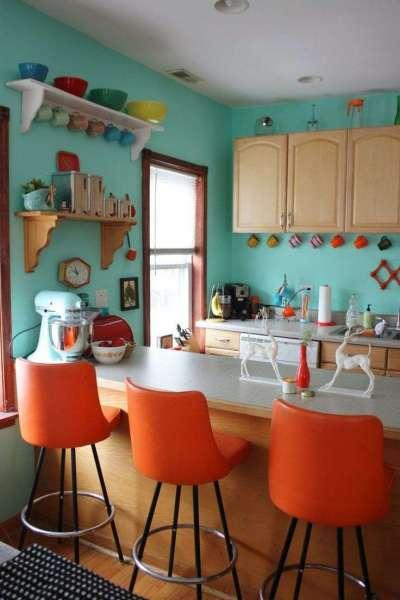 оранжевый в деревенском стиле на кухне