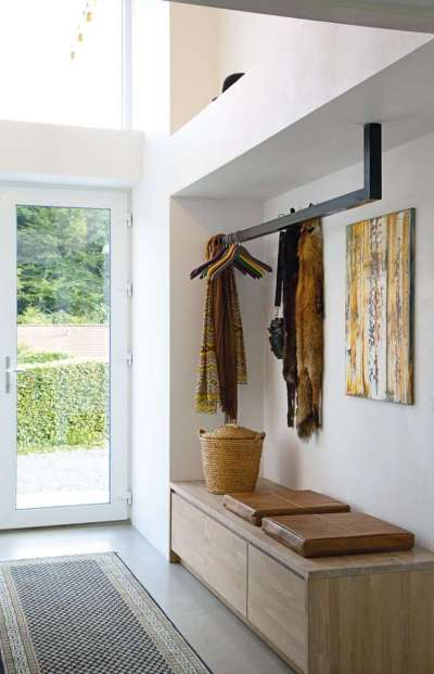 интерьер стильной прихожей в частном доме