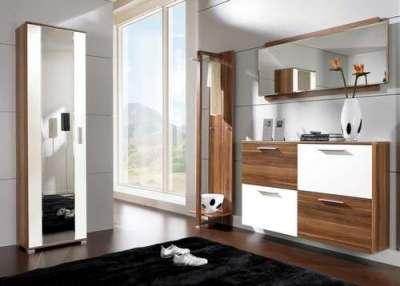 модульная мебель в прихожей в частном доме