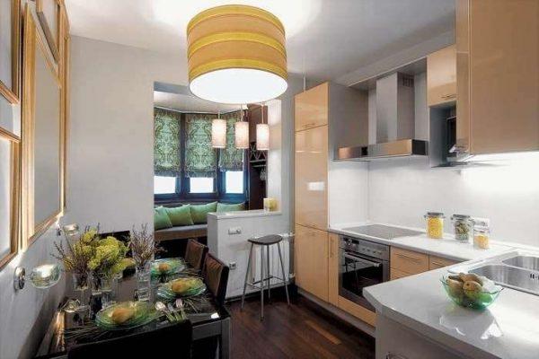 шторы в эркере на кухне
