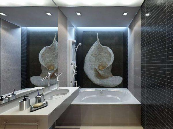 декор на стене в ванной в хрущёвке