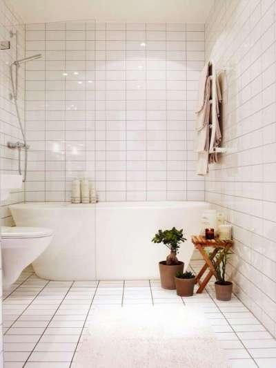 интерьер ванной комнаты в хрущёвке с кафелем