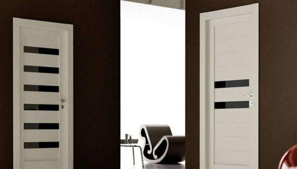 двери из пвх в интерьере ванной