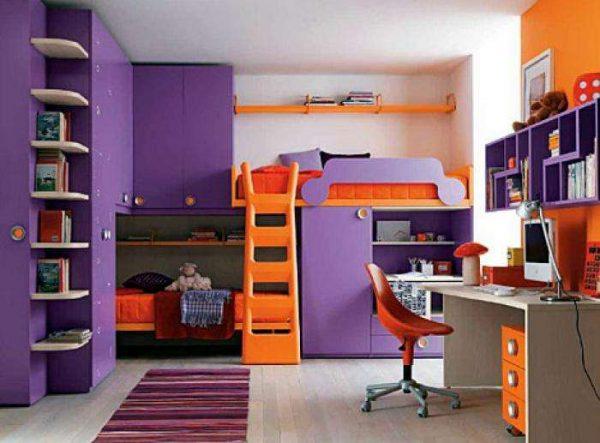 фиолетовый с оранжевым в детской комнате
