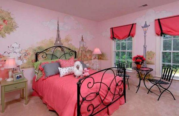 стиль Париж в интерьере комнаты девочки