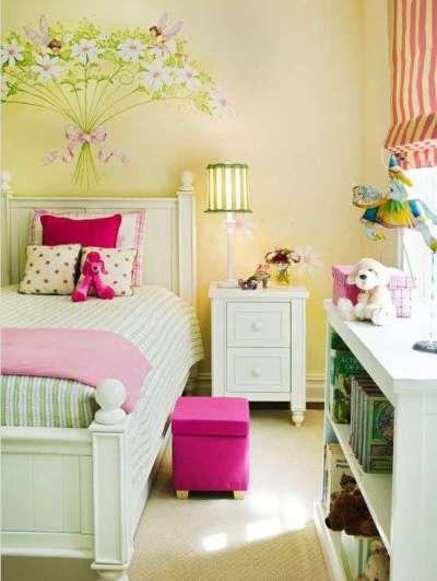 интерьер комнаты девочки с зелёным цветом