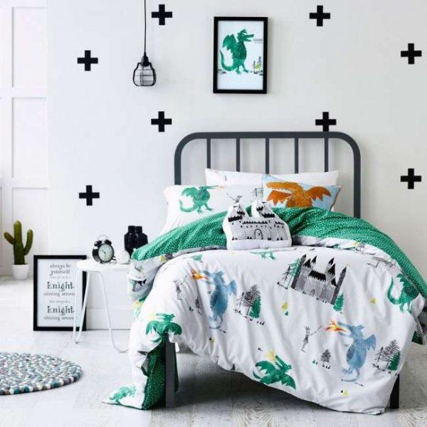 круглый коврик в интерьере детской комнаты