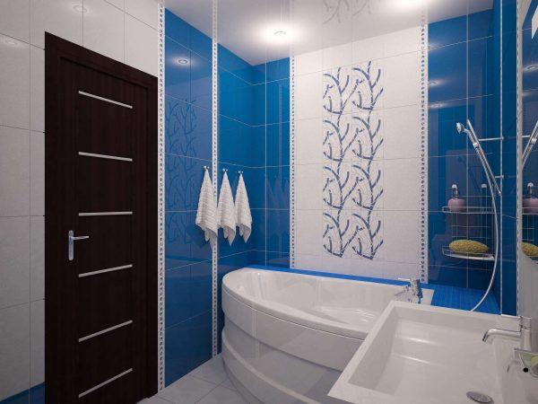 угловая ванна со скошенным углом в ванной