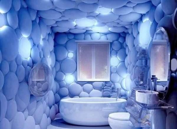 3д обои на потолке ванной комнаты