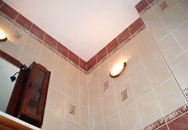 побелка на потолке ванной комнаты