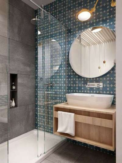 комбинирование двух видов плитки в ванной