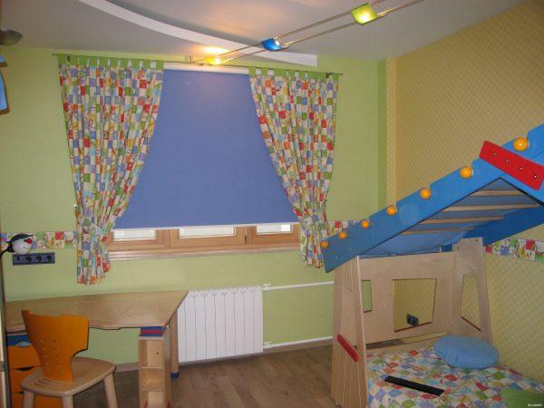 шторы блэкаут в комнате мальчика до 3 лет