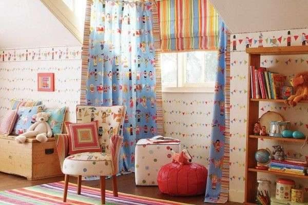шторы с принтом в комнате мальчика