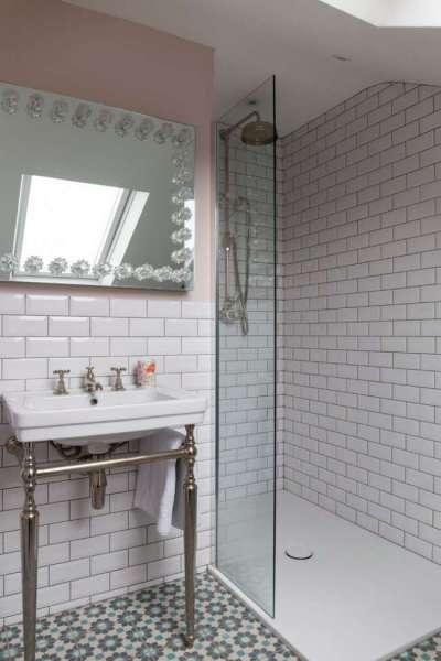 поддон в ванной