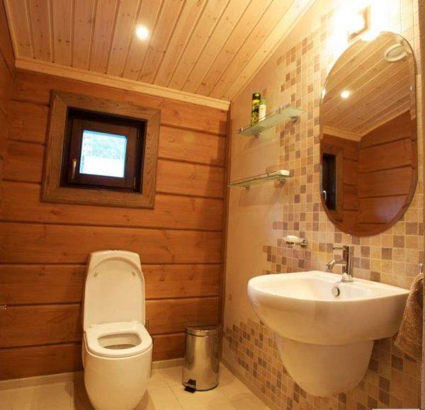 сантехника в ванной комнате в деревянном доме