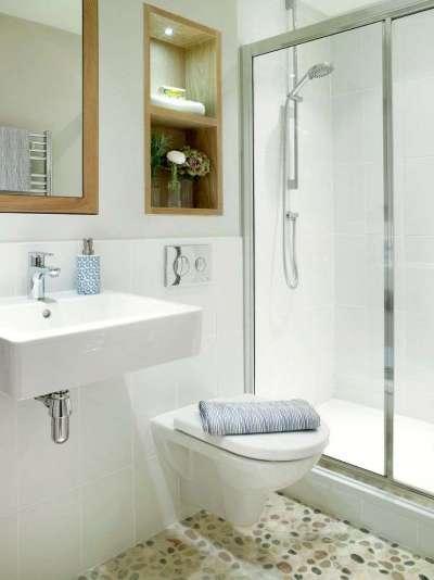 бетонный пол с камнем в ванной