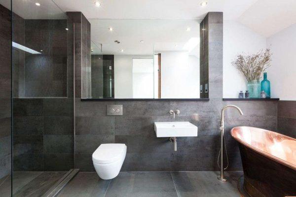 ниши в интерьере ванной с туалетом