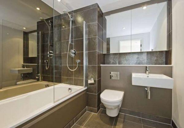 ванная с заделанными стыками