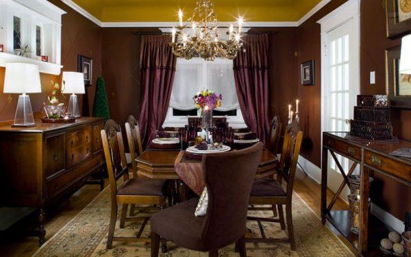 люстра над обеденным столом на кухне