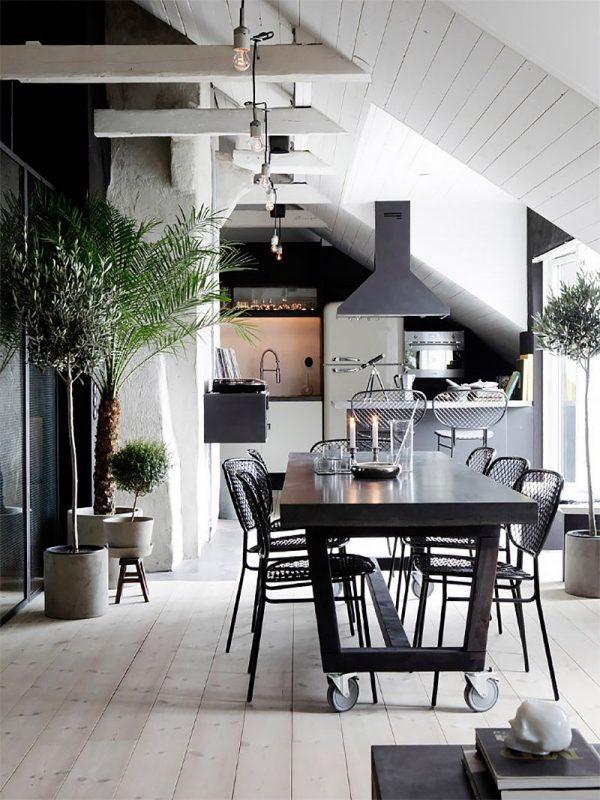 кухня на мансарде в частном доме