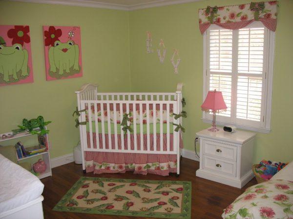 розово-зелёная детская комната