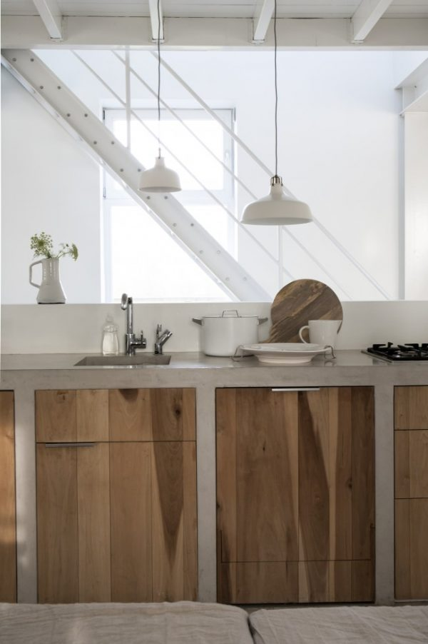 бетонные шкафы на кухне лофт
