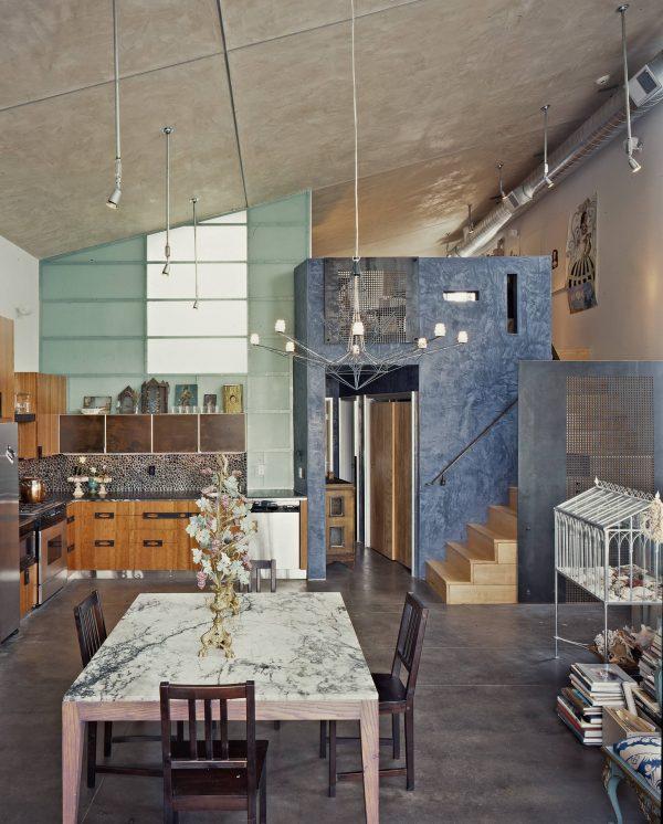 мраморная столешница на кухне в стиле лофт