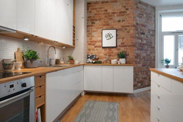 кирпичная кладка в кухне студии