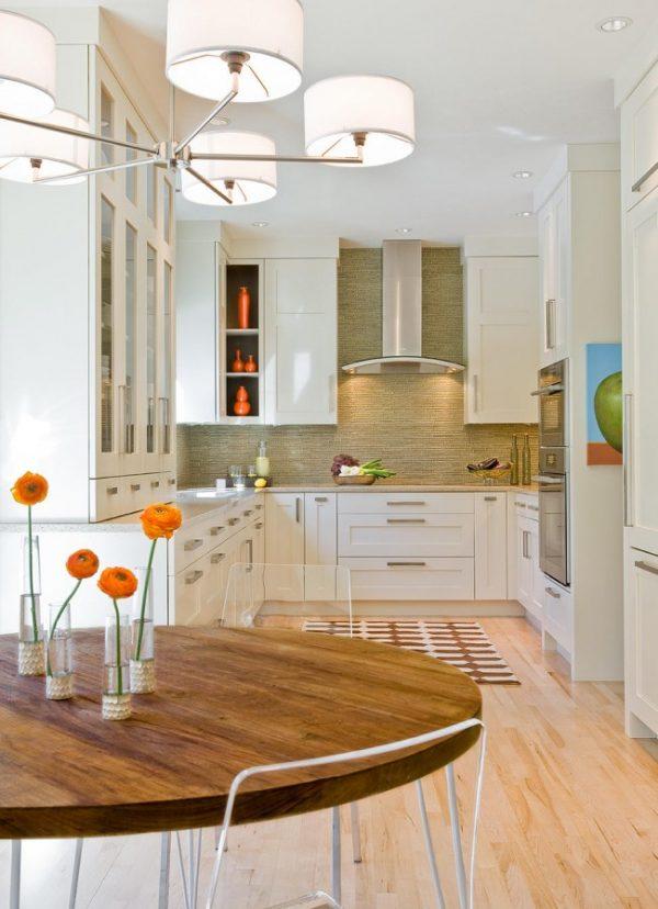 Кухня-студия в малогабаритной квартире