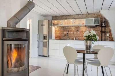 деревянный потолок в скандинавском стиле