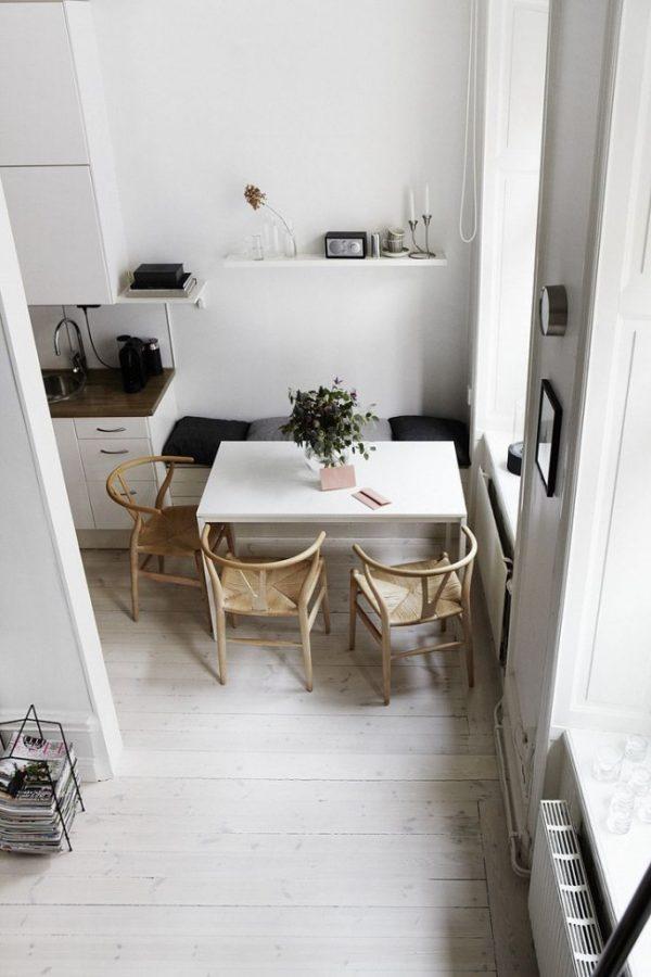 компактная мебель на маленькой кухне
